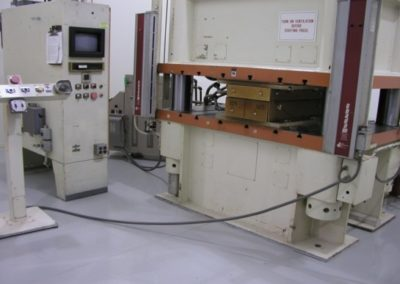 Press Machine 300 Ton